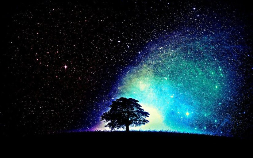 http://xsilentrebelx.deviantart.com/art/Tree-Under-Stars-331033958