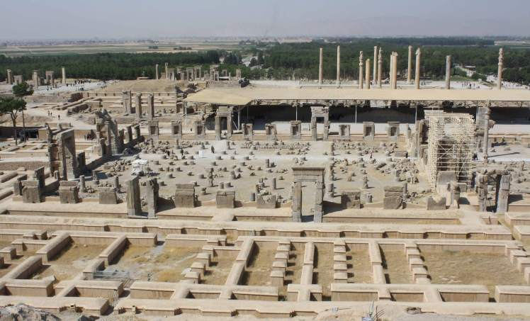 Persepolis on world-archaeology.com